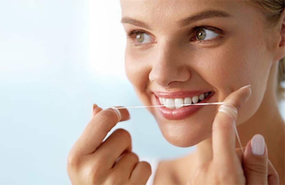 FLOSSING - Successful Self-Dentistry in 8 Steps - Organic and Natural Dental Care